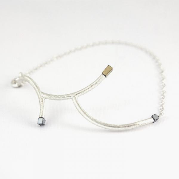 srebrna bransoletka gałązka, jabłońska jewellery, ja. jabłońska biżuteria