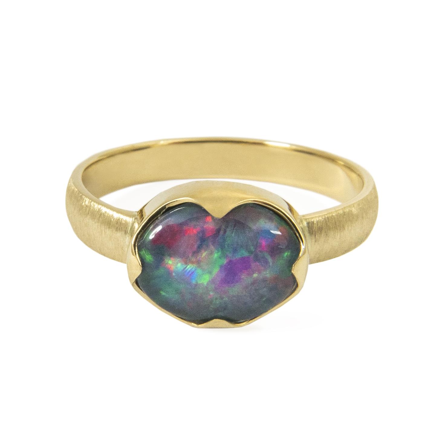 opal w złocie
