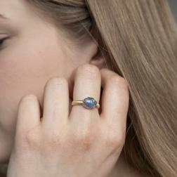 pierścionek z opalem