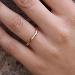 gold circle ring, jabłońska jewellery