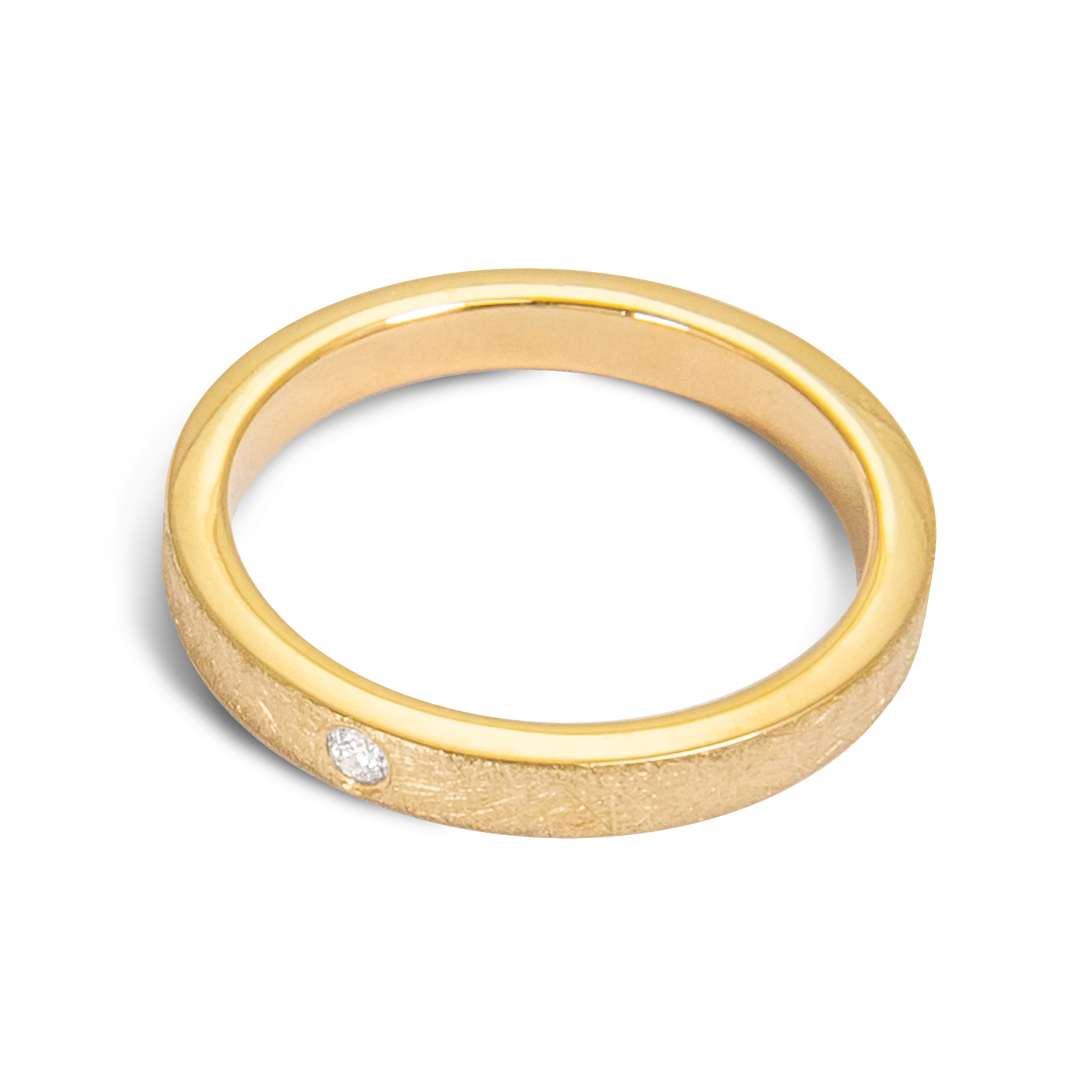 gold ring band with diamond