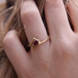 gold ring with ruby, ja. jabłońska jewellery