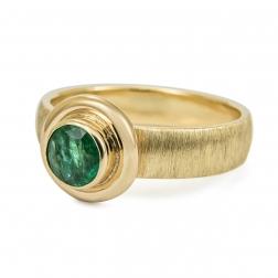 szmaragdowy pierścionek