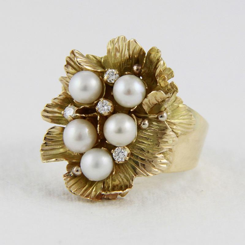 złoty pierścionek, perły, brylanty, ja. jabłońska biżuteria